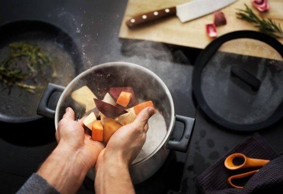Hard Face – За усилена работа в кухнята