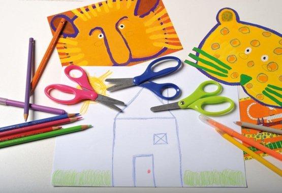 По-безопасният начин да научите децата си на креативно рязане